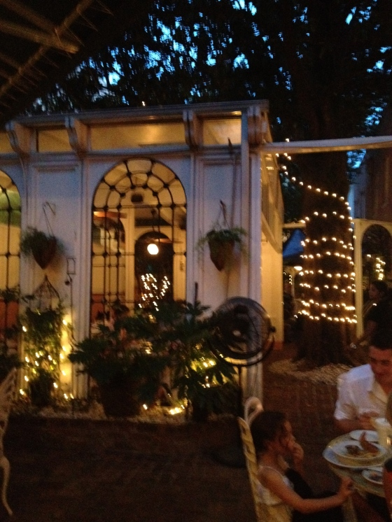82 Queen Outdoor Dining - Charleston Crafted