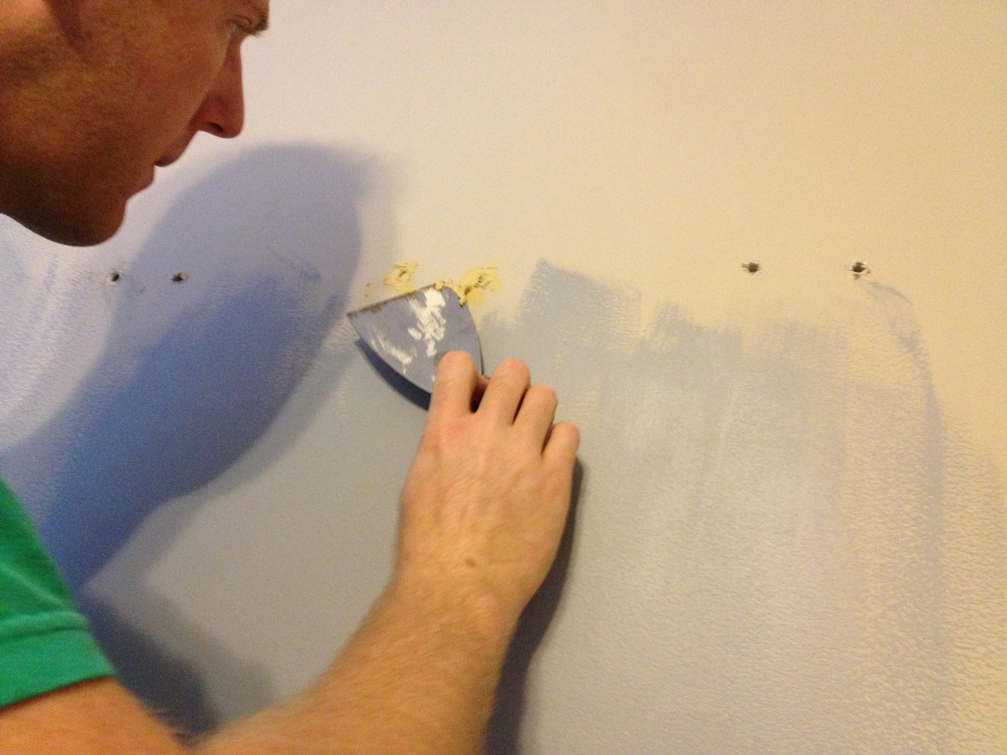 prepping for painting patching holes in the wall charlestoncrafted. Black Bedroom Furniture Sets. Home Design Ideas