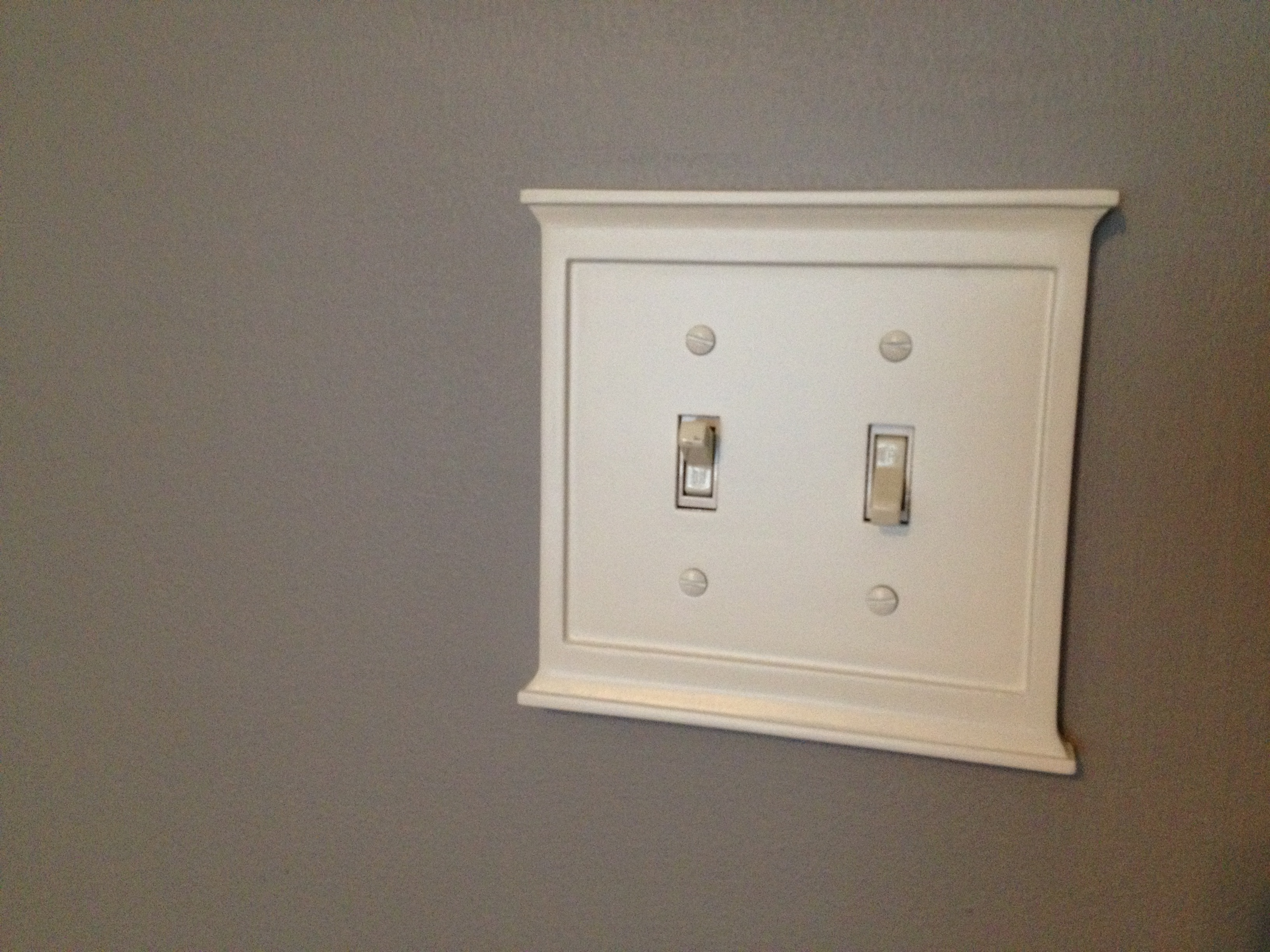 Light Switch in Master Bedroom - Charleston Crafted